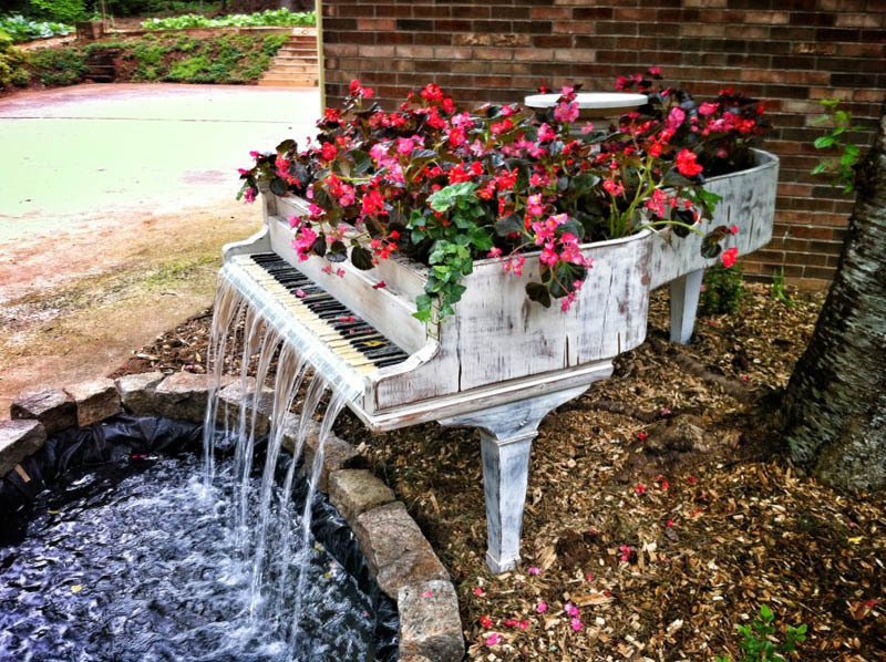 Planter/Garden Fountain